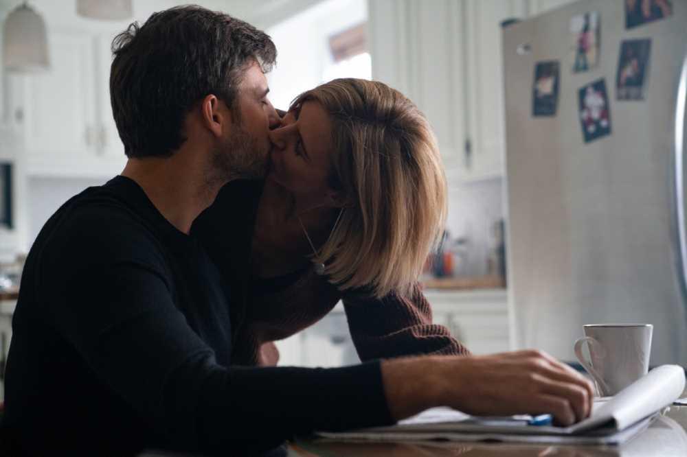 Lo stalker della stanza accanto - film - NowTv - attrice Jennifer Landon - blog IlBiondino.org - - Agenzia Corte&Media - scena 1