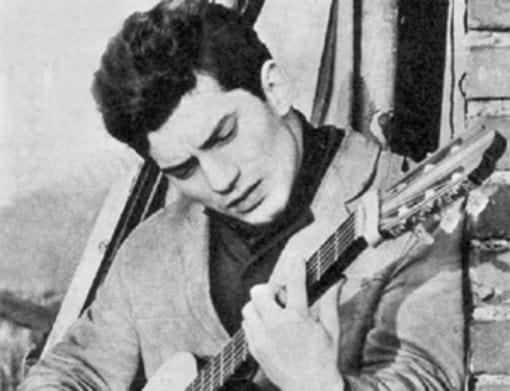 Luigi Tenco - cantautore geniale - Sanremo Festival - magazine ilbiondino.org - ProsMedia - Agenzia Corte&Media