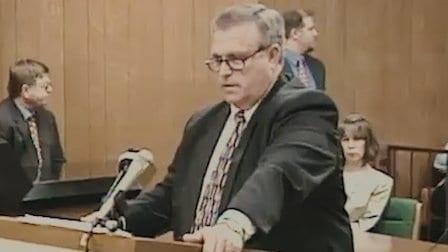 Recensione - The Innocent Man - Innocente - blog Il Biondino della Spider Rossa - Agenzia Corte&Media - Denis Fritz - procuratore Peterson