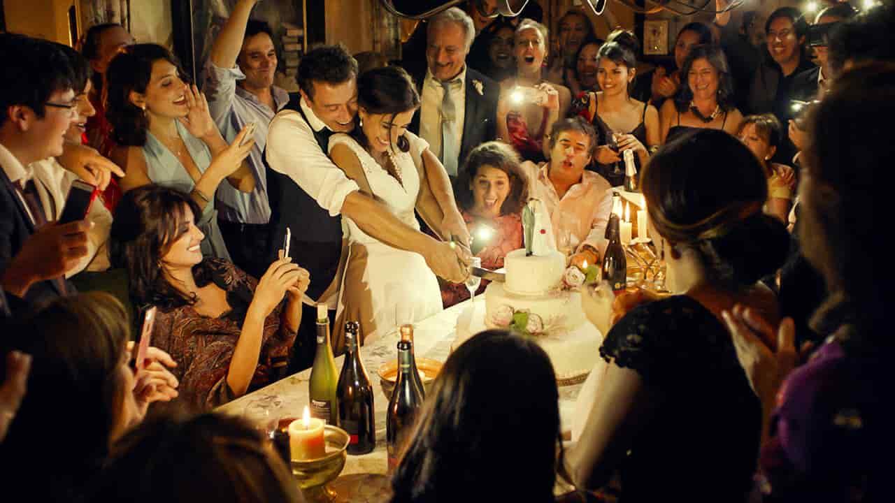 Tutti lo sanno - film - recensione - scena matrimonio - magazine Il Biondino della Spider Rossa - ProsMedia - Agenzia Corte&Media