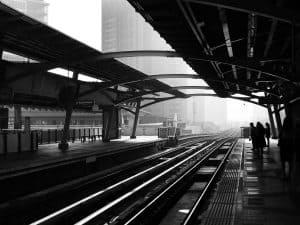 stazione dei treni-giappone-tokyo express-recensione-Magazine Biondino della Spider Rossa - ProsMedia - Agenzia Corte&Media – photo by 39422Studio-min